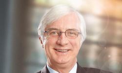 Daniel Bouchard of Lavery speaks on contract management for the <em>Fédération québécoise des municipalités</em> (FQM)
