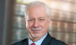 Pierre Marc Johnson, recipient of the Médaille du Barreau du Québec