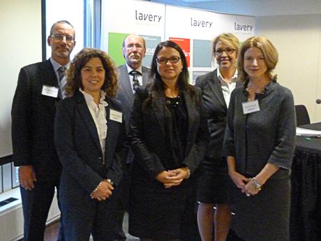 Marc Beauchemin, associé de Lavery; Josianne Beaudry, avocate de Lavery; Daniel Alain Dagenais, associé de Lavery; Lise Girard, procureure-chef à l'Autorité des marchés financiers; Nathalie Durocher, avocate de Lavery; et Evelyne Verrier, associée de Lavery